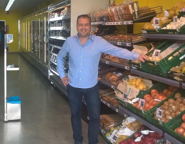 Ricardo González, franquiciado de la franquicia Rapid