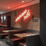 La franquicia Tony Roma's desvela la nueva imagen de sus restaurantes