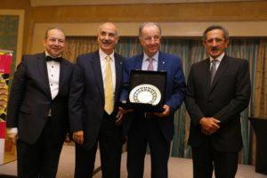 Premio internacional a Eduardo Abadía, Director Ejecutivo de la AEF