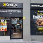 La franquicia de hamburguesas californianas, Carl's Jr., abre en Barakaldo su décimo restaurante en España