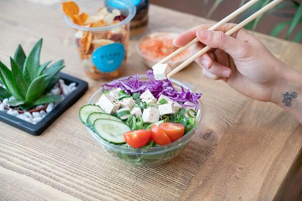"""8 motivos para unirse a """"la revolución de la Healthy Fast Food"""" encabezada por la franquicia Aloha Poké"""