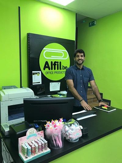 Alfil.be inaugura una nueva papelería franquiciada en Madrid Río