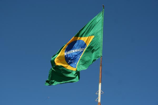 Las asociaciones de franquicias de España y Brasil